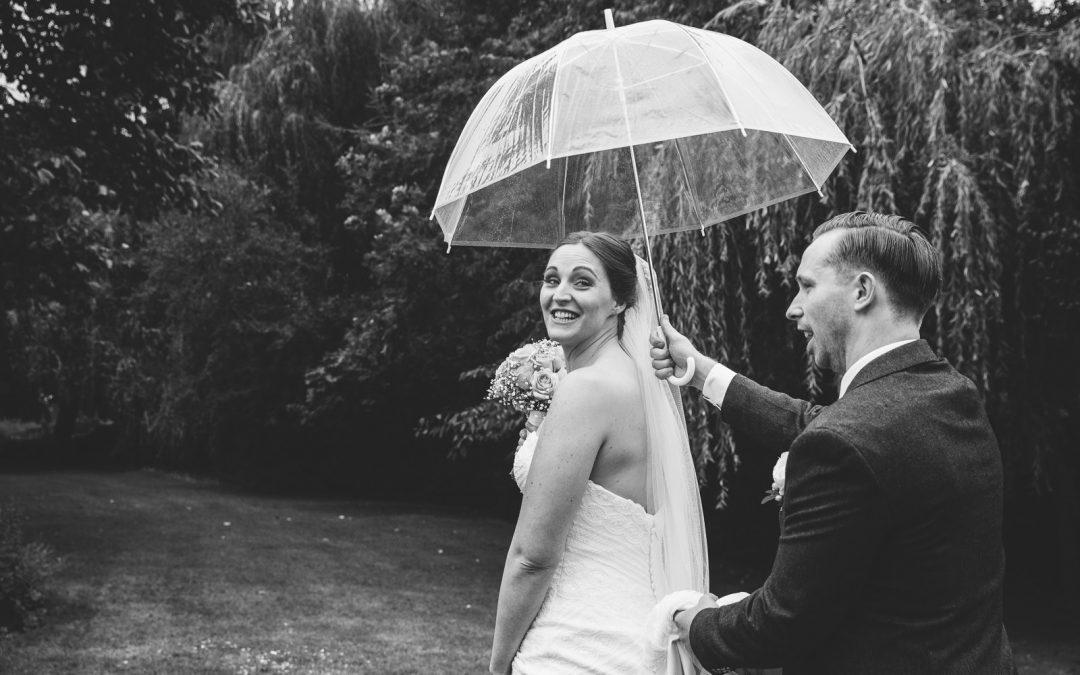 Rain on your wedding day | Warwickshire Wedding Photography